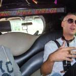 artiste et Nunsu chanteur limousine dans le clip Pôle Emploi du rappeur français Nunsuko